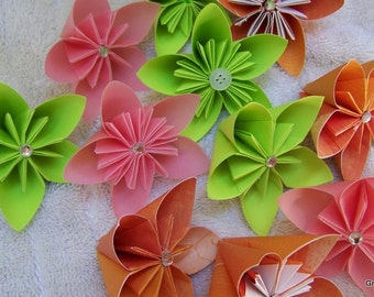 20 Origami Loose Kusudama Flowers With Sparkly or Button Centers For Your Celebration
