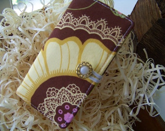 """Credit Card Wallet in """"Lotus and Lace"""" Fabric by Amy Butler.....Great Gift or Shower Favor"""