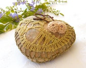 Crochet stones - river pebble stone, covered with vintage bobbin  lace motif, hand made. From Mintook