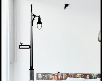 MONTREAL : WALL DECAL - Street Lamp v.4, Classic style along Park Avenue, birds, sparrows sticker