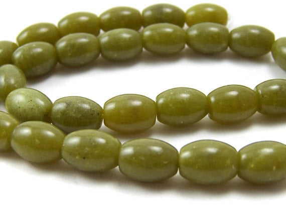 olive green gemstone beads, Olive New Jade serpentine, 13mm oval, full bead strand (144S)