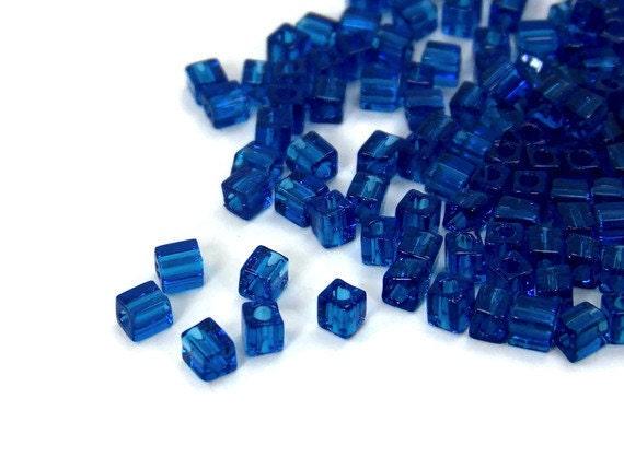 4mm square beads, glass cube, dark blue Miyuki cubes, 200 beads  (426SB)