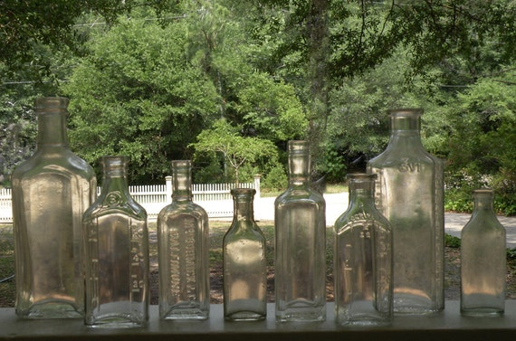 Shipping listed for Lauren. Apothecary , Extract Bottle Collection - 8 bottles