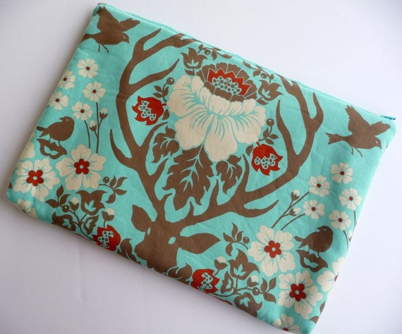 15 inch Laptop Sleeve, Padded Laptop Sleeve, Laptop cover, Laptop case fits MacBook Pro- Antler Damask in Celadon
