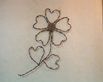 Rustic Western Rusty Barbed Wire 5 Hearts Cinquefoil Prairie Flower Wall Decor