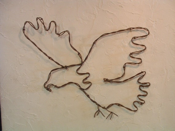 Bald Eagle in Flight Wall Decoration made with Rusty Vintage Barbed Wire