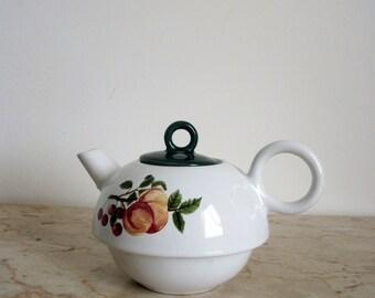 Small Art Nouveau Tea Pot (Gift)