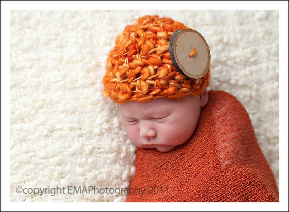 Crochet Newborn Hat with Autumn Colors and Wood Button, Newborn Photography Prop, Unique Baby Gifts