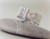 DOT - sterling silver hammered blue cubic zirkonia ring