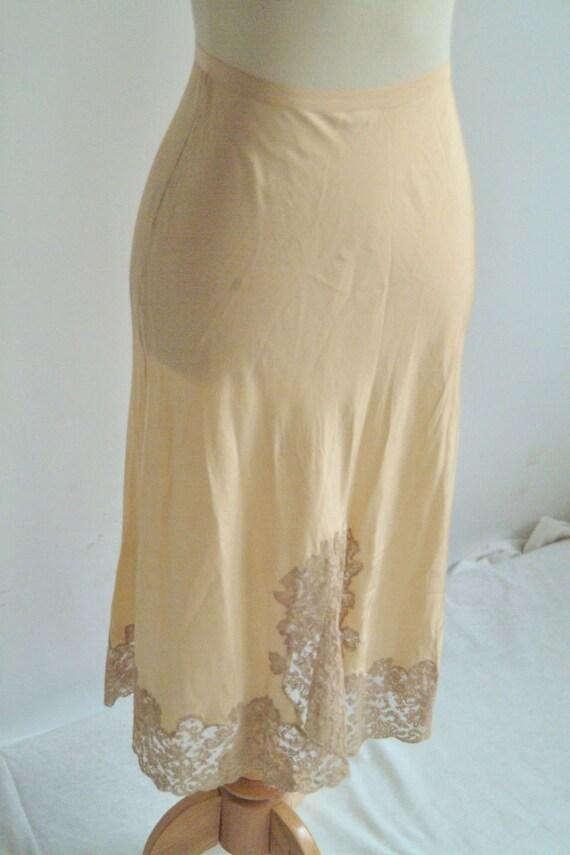 1940s Slip // Heavenly Silk Lingerie // Vintage 1940s Silk Slip