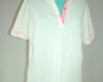 SUPER SALE 1980s Tail white tennis shirt with pink collar