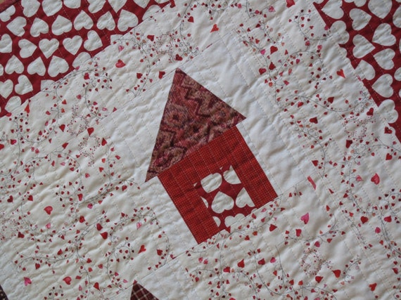 Special Order -- Home Is Where the Heart Is -- Lap or Baby Quilt -- Red Houses