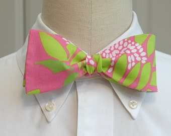 Lilly Bow tie in  pink and green soleil  (self-tie)