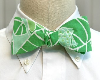 Lilly Bow Tie in Lilly pad green (self-tie)