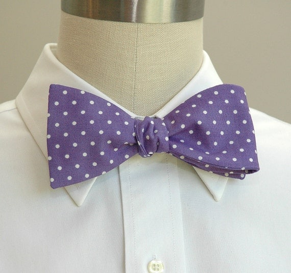 Men's Bow Tie in violet with white polka dots (self-tie)