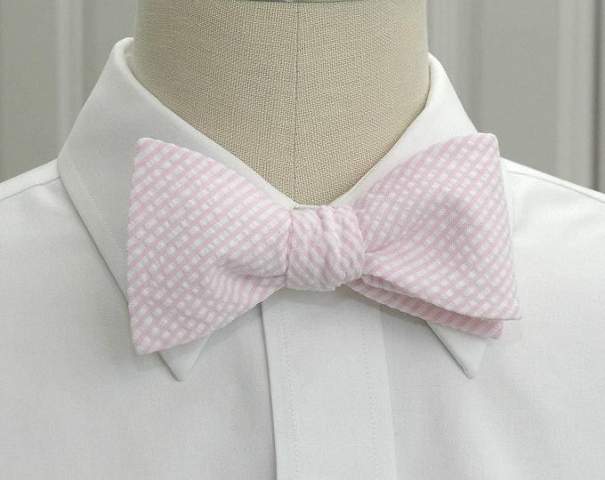 Men's Bow Tie, pale pink seersucker, wedding party tie, groom bow tie, groomsmen gift, summer bow tie, wedding accessory, self tie bow tie