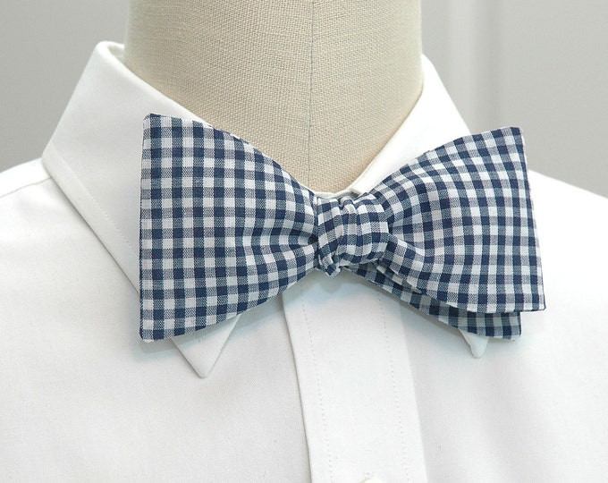 Men's Bow Tie, navy blue & white gingham check, wedding bow tie, groom bow tie, groomsmen gift, traditional bow tie, southern style bow tie