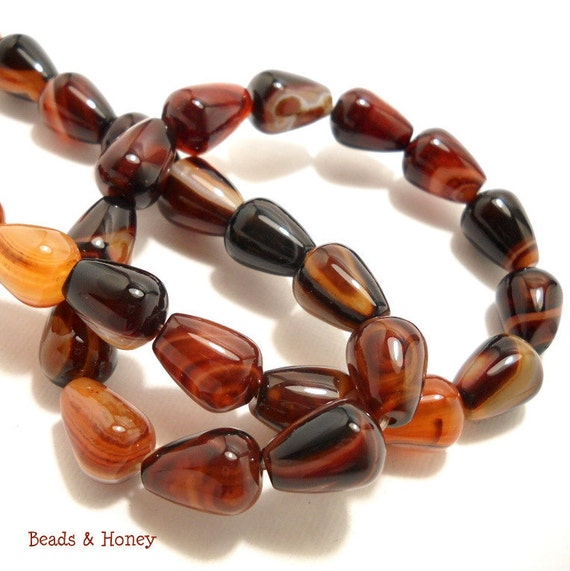 Agate, Brown and Black, Banded, Teardrop, Pear, Smooth, Gemstone Beads, 14x10mm, Half-Strand, 14pcs - ID 560