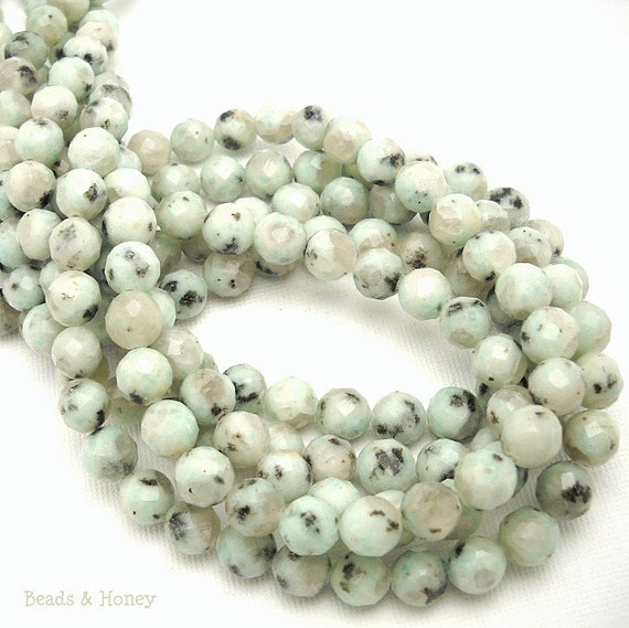 Kiwi Quartz, Natural Gemstone Beads, Round, Faceted, 8mm, Small, Half Strand, 25pcs - ID 900