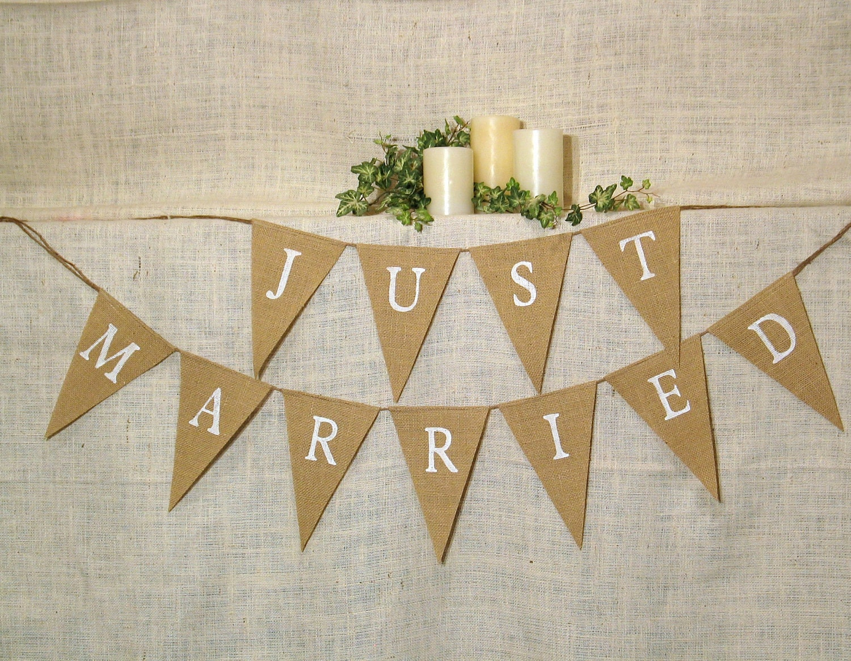 Just Married Banner / Burlap Banner / Wedding Banner