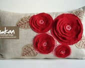 Sukan / Red Flowers, Raw Pillow Cover - 12x20