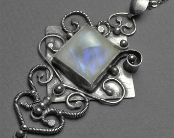 MAGIC WORLD - incredible pendant / necklace, moonstone, large pendant in silver.