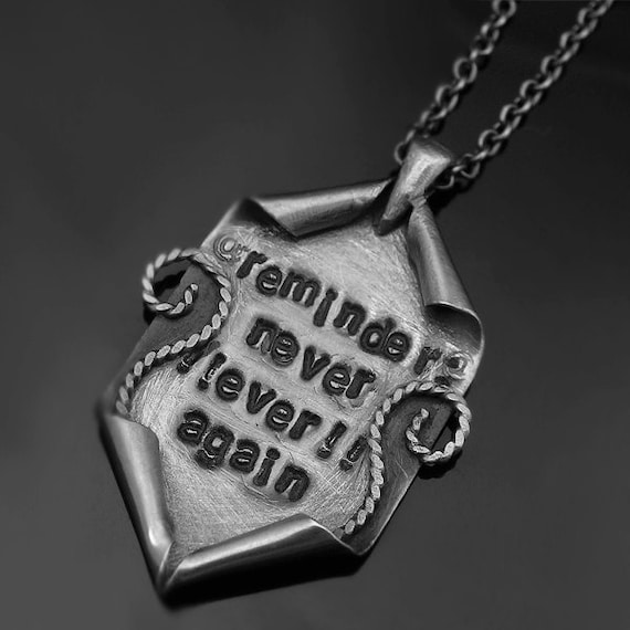 REMINDER - engraved in pure silver - pendant, necklace