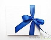 wedding cake. modern single CD/DVD holder