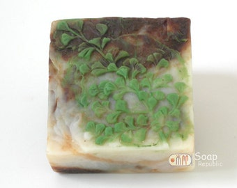 Leaf Blade 1 Silicone Soap Mold ( Soap Republic )