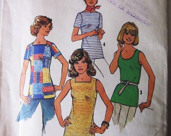 70s Simplicity 7533 Summer Tank Top V Neck and Square Neck Or Shirt Size 14 Bust 36