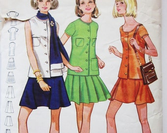 60s Butterick 5553 Mini Flared Skirt with Tunic Overblouse or Sleeveless Top  - Size 14 Bust 36 MOD