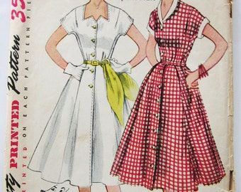 50s Simplicity 3878 Dress with Kimono Sleeves, Flared Skirt, Zig Zag Neckline - Size 16 Bust 35