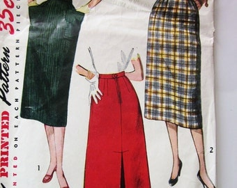50s Simplicity 3560 Slim Skirt with Kick Pleat and Pockets - Waist 23 Hip 32