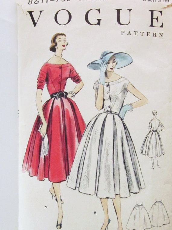 50s Vogue 8611 Dress with 8 Gored Skirt and Petticoat 10 Bust 28