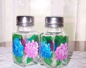 Salt and Pepper Shakers with HP Pink and Blue Hydrangeas