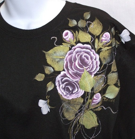 T-shirt with Hand Painted Pink Roses Lg