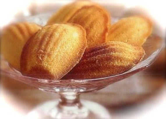 Authentic French Madeleine Cookies