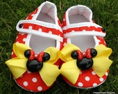 NEW-  DiSNeYLaND Here We Come Mary Jane Baby Shoes -RED & White Polka DoT w/ a Yellow Bow, and Minnie Mouse Resins- black rhinestone -