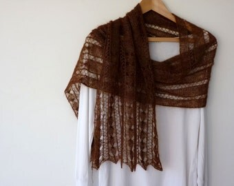 Luxurious lace scarf in brown mohair silk yarn