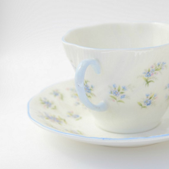 Tea cup & saucer Queens bone china Forget me not England