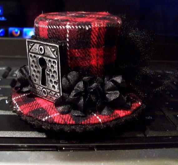 Mini Steampunk Red Plaid Lolita Top Hat Barrette