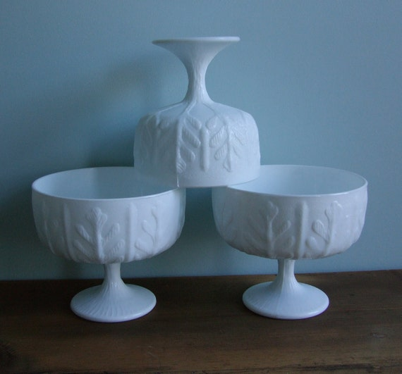 Oak Leaf Fern Milk Glass Planters, Set 3 FTD Pedestal Vase, Wedding Centerpieces