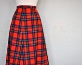 Vintage Pendleton / Vintage Wool Skirt / Red Tartan Skirt / Medium Vintage Skirt / A-line Skirt