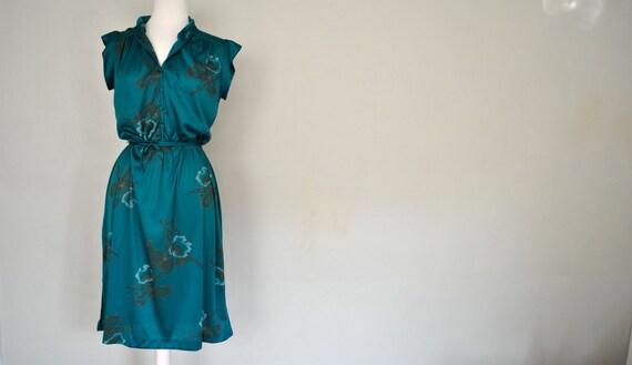 1970s Teal Dress / Short Sleeved Summer Sundress / Small Green Summer Dress / Floral Design Teal Dress