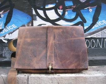 William Computer Bag / Leather Computer Bag / Custom Laptop Case / Cross Body Laptop Bag / Rugged Leather Bags Handsewn in NYC / Custom Bags