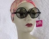 Vintage Foster Grant Round Sunglasses - 60s - black frame - original tag