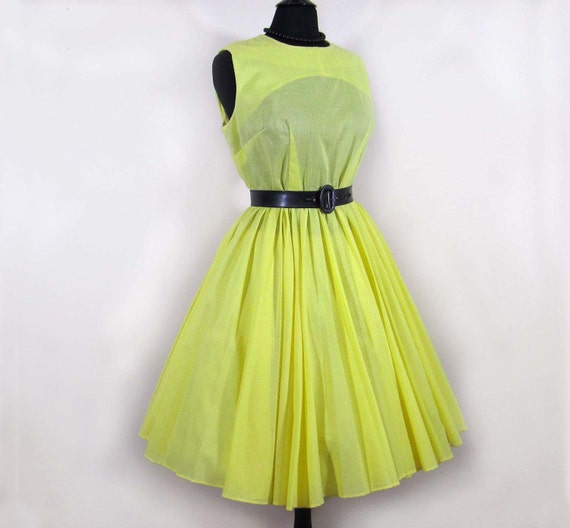 Vintage 50s-60s full skirt Dress - Yellow dotted swiss -XL
