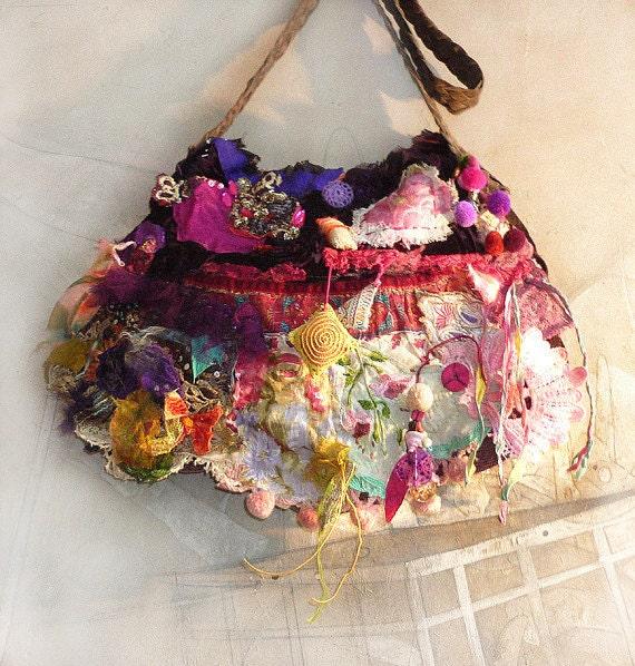 Beautiful Unique  Handbag Embroidered Boho Tribal Hippi Mexico Ethnic FRIDA WILDE GIPSY  Vintage, Lace,
