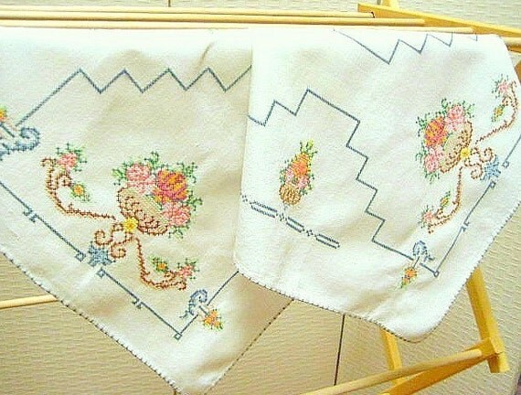 REDUCED Vintage Dresser Scarf, Table Runner, Colorful Counted Cross Stitch Flower Baskets on Cream Base, Excellent Condition