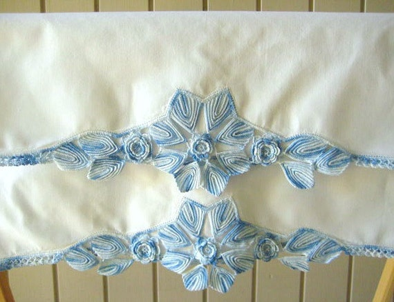 Vintage Crochet Pillowcases, Gorgeous 8 Petal Flower, Verigated Blue, Roses, Very Unusual, Bright White Cases, Excellent Condition